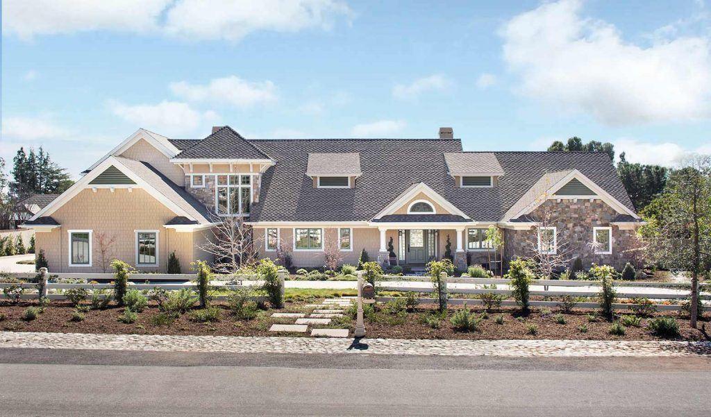 Hampton's Style Home Designed by HartmanBaldwin