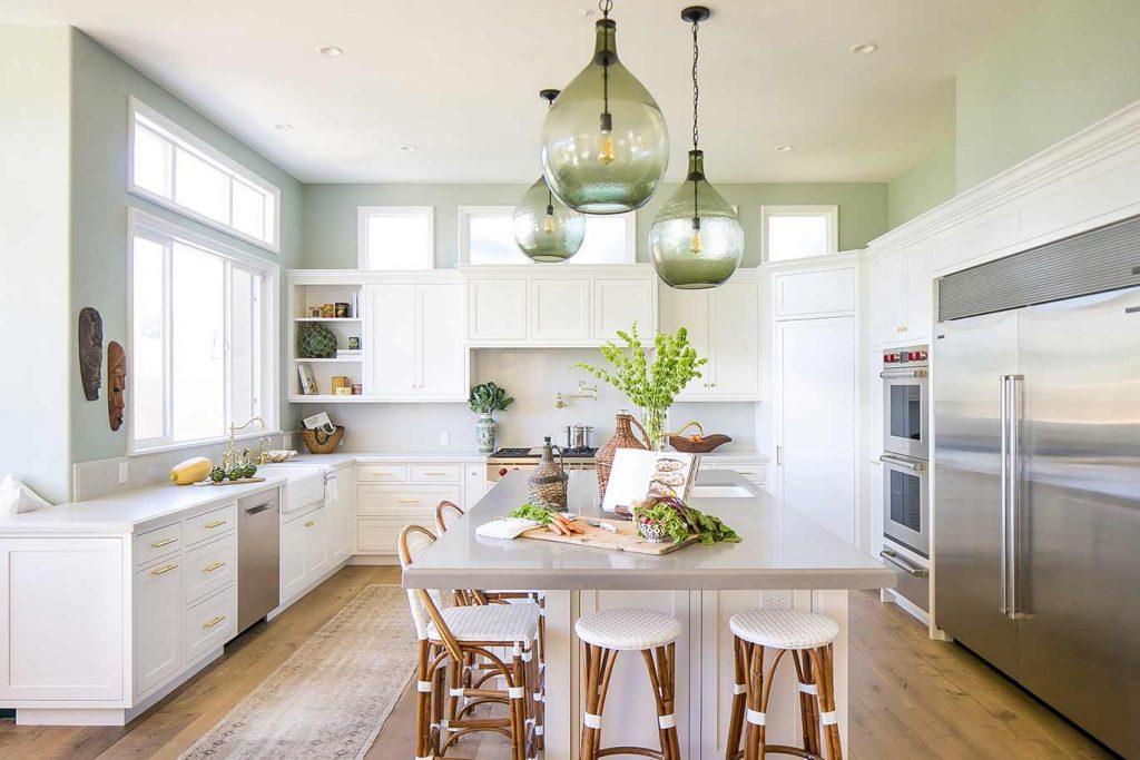 Seaside Kitchen Home Design by HartmanBaldwin